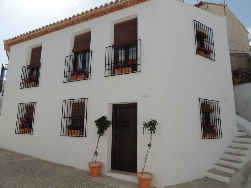 1st floor studio apartment for sale in Altea