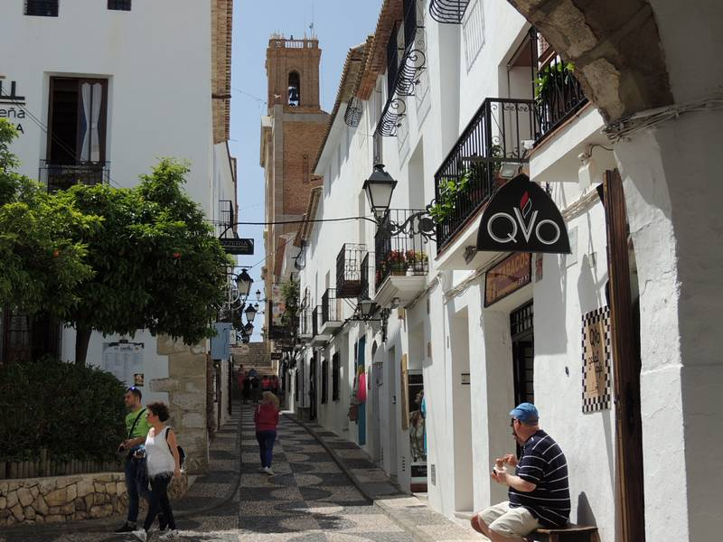 Quaint cobbled streets close by in Altea